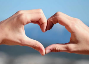 Climate Change Site Hands in heart shape by sweetlouise shared by pixabay.com